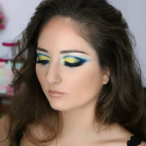 Maquillage cocktail artistique couleurs flashy